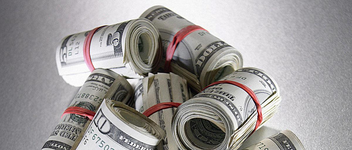 ادامه ریزشها در بازار ارز/ کاهش ٢٠٠تومانى دلار در یک هفته