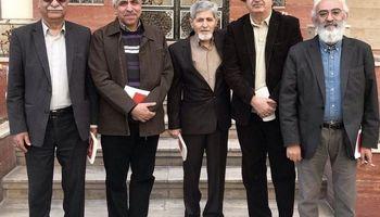 بازنشسته کردن اساتید روزنامهنگاری همشهری به سبک احمدینژادی