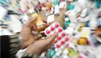 کشف ۲۳۰۰قلم داروی قاچاق در داروخانههای تهران