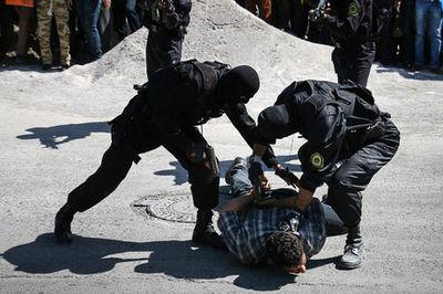 گروگانگیری در یزد و رهایی در زاهدان