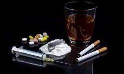 خرید و فروش افیون در دل مناطق پرخطر