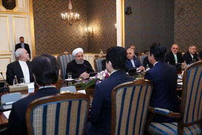 روحانی و نخست وزیر ژاپن
