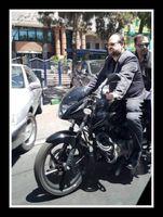 موتورسواری شریعتمداری درحاشیه راهپیمایی روز قدس +عکس