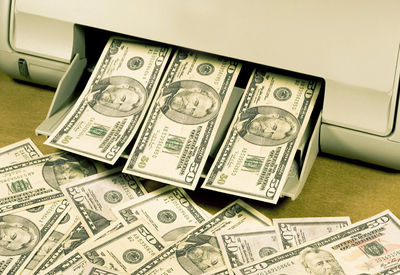 بازار ارز آبانماه به کدام سو میرود؟