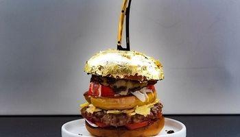 همبرگر ۲۵۰۰ دلاری با روکشی از طلا +تصاویر