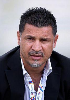 علی دایی: گودرزی ۳ سال دیر استعفا کرد