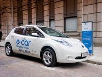 فروش خودروی تمام برقی در آمریکا رکورد زد