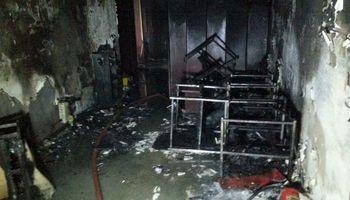 نجات بیش از ۴۰ تن از حریق در یک برج اداری