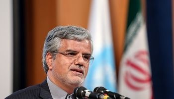 شایعه دستور رهبری به خروج ایران از برجام صحت ندارد