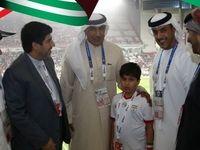 برخورد جالب اماراتیها با کودک گمشده ایرانی+عکس