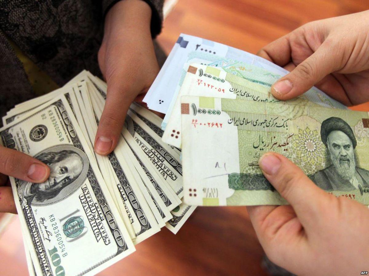 چرا احتمال ریزش قیمت ارز بالاست؟/ مکانیزم تشویقی برای صادرکنندگان از سوی بانک مرکزی