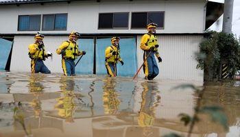 خسارتهای سیل و طوفان در ژاپن +فیلم