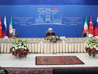 روحانی: صادرکنندهای که ارز را وارد بازار نکند خائن است