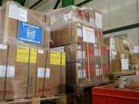 ورود هواپیمای حامل کمکهای سازمان جهانی بهداشت به ایران