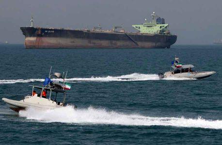ایران تنگه هرمز را مسدود نمیکند