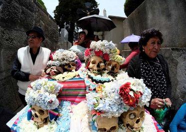 جشن روز جمجمه در بولیوی