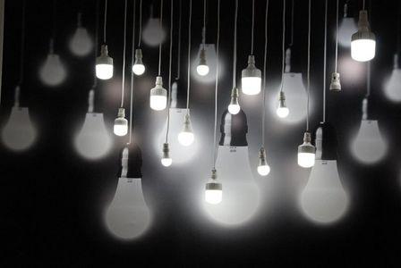 اختلاف ۴ هزار مگاواتی پیک مصرف برق روز و شب