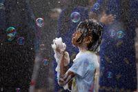 جشن سال نو به سبک مردم میانمار +تصاویر