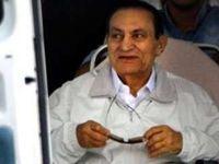 وکیل مبارک: حکم آزادی حسنی مبارک صادر شد