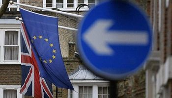 آغاز جدایی رسمی انگلیس و اتحادیه اروپا در WTO