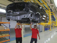 دلیل زیان ۲۰میلیاردی خودروسازان