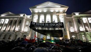 تظاهرات ضد دولتی در برزیل +تصاویر