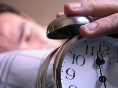 خواب طولانی روزهای تعطیل مفید نیست!