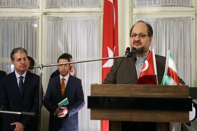 شریعتمداری: ترامپ اروپاییها را از توسعه روابط با ایران ترسانده است/ پیگیری چشم انداز سرمایهگذاری ۳۰میلیارد دلاری بین ترکیه و ایران