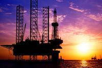 افزایش قیمت نفت با حمایت محدودیت عرضه از سوی آمریکا / برنامه فروش از ذخایر استراتژیک چین مانع رشد بازار شد