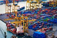 افزایش ارزش تجارت خارجی ایران به 53.5میلیارد دلار/ صادرات غیر نفتی ایران ٢٧میلیارد دلاری شد
