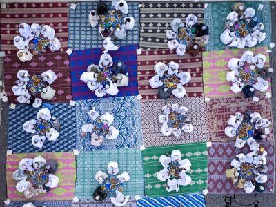 نمایی متفاوت و زیبا از مراسم افطار عمانیها +عکس