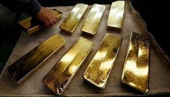 کشف شمش طلا و سکه قدیمی قاچاق