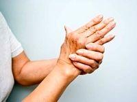 10دلیل لرزش دستها