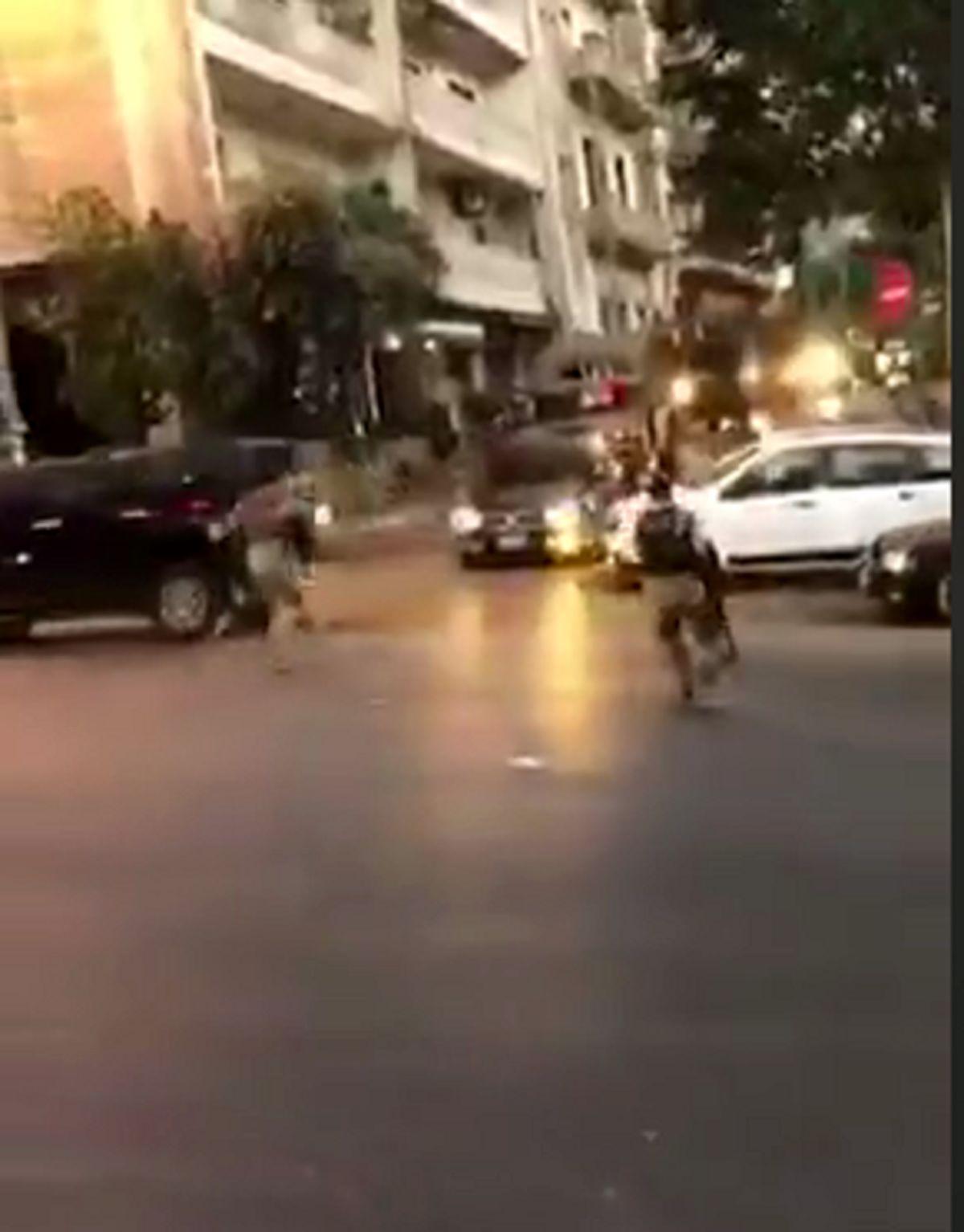 ارتش لبنان، معترضان را از ساختمان وزارت خارجه بیرون کرد