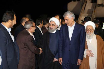 ورود روحانی به فرودگاه شیراز +عکس