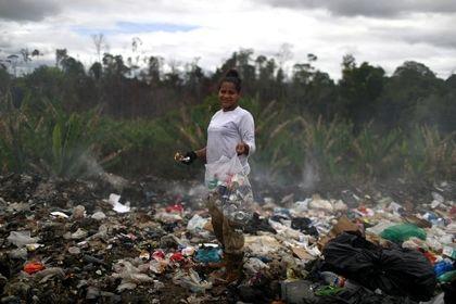 زباله گردی مهاجران ونزوئلایی در برزیل