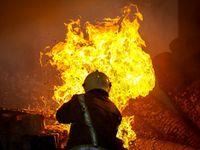 آتشسوزی گسترده در انبار چوب شهریار
