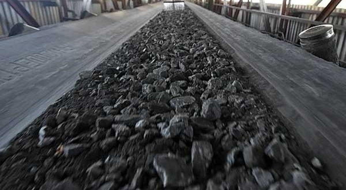 اعتراض اهالی صنعت فولاد به صادرات سنگ آهن