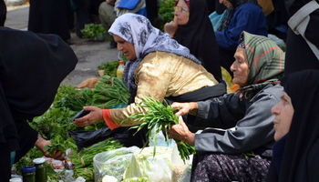 نیمهپنهان اقتصاد زنانه