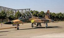 عبور جنگنده بمبافکنهای ایرانی از فراز جایگاه رژه ارتش