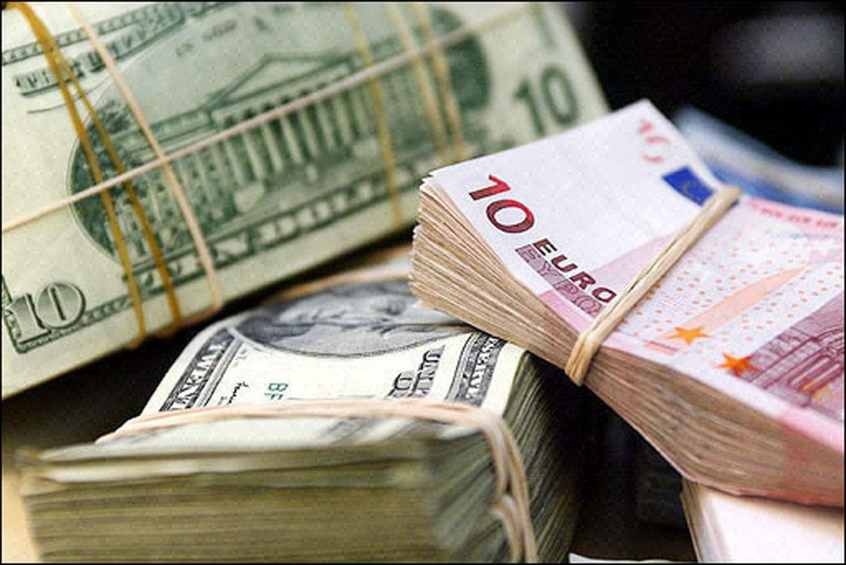 دولت میتواند قیمت ارز را کنترل کند