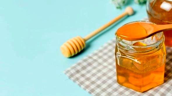 فواید عسل قبل خواب