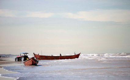 صیادی در دریای خزر