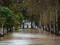 پیشروی آب رها شده از سدها بسمت خیابانهای اهواز +فیلم