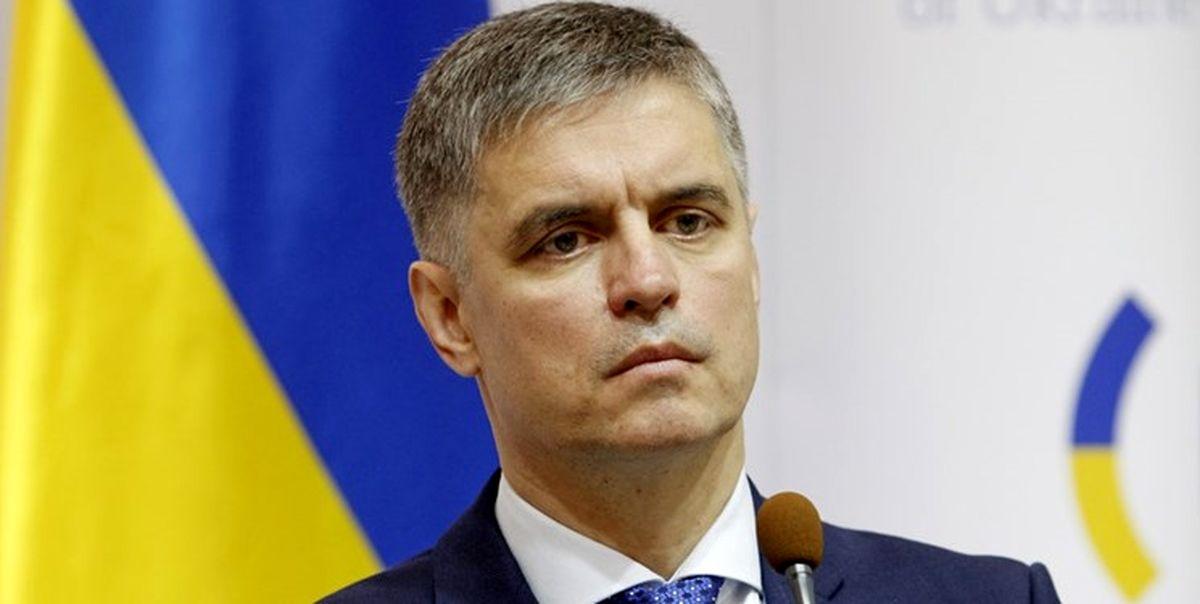 اوکراین: ایران جعبه سیاه بوئینگ ۸۰۰-۷۳۷ را تحویل دهد