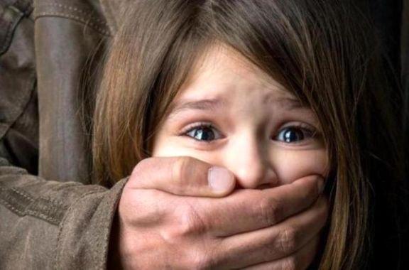 محاکمه مرد شیشهای که به دخترش تجاوز کرد