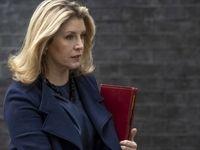 وزیر دفاع انگلیس توقیف نفتکش را «عملی خصمانه» خواند