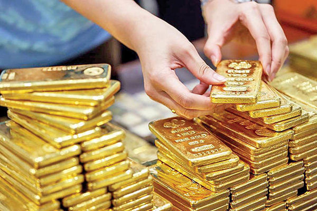 نفع بیتکوین از سقوط طلا