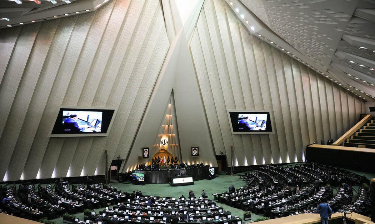 معیارهای رجال سیاسی و مذهبی در قانون انتخابات ریاست جمهوری تعیین شد
