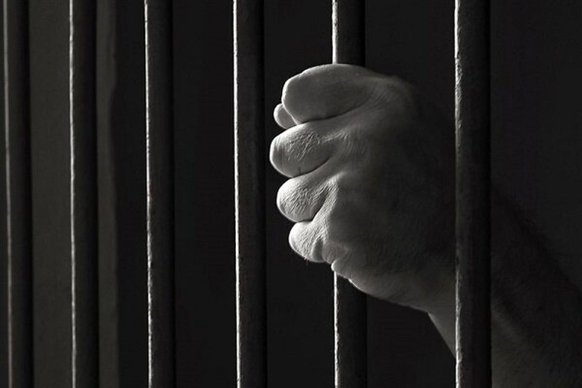 خالی کردن حساب بانکی مردم از  داخل زندان!